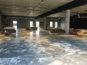 Caemento designgulv - Herlev BIG-center - møbelforretning