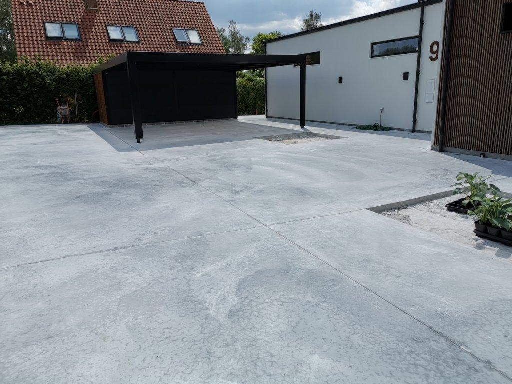 beton terrasse - indkørsel og indgang