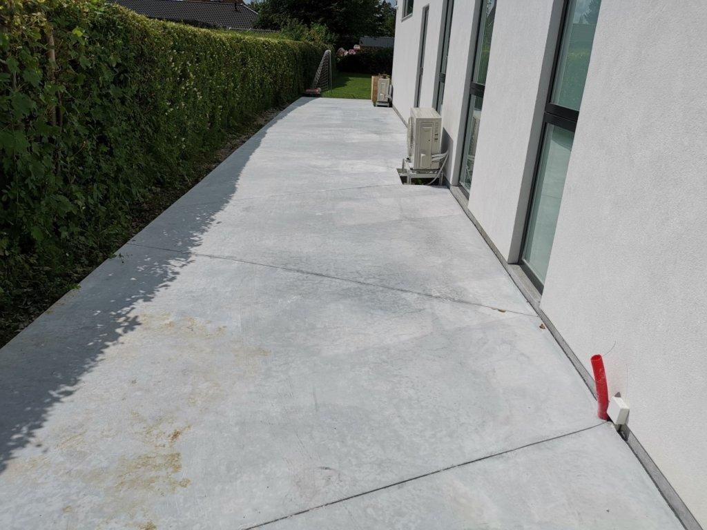 betonterrasse med trapez mønster